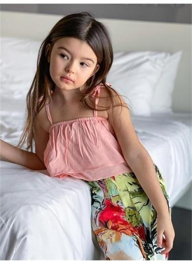Hilal Akıncı Kids Kiz Çocuk Desenlı Salaş Pantolon Askili Renklı Bluz Ikılı Takim Pembe